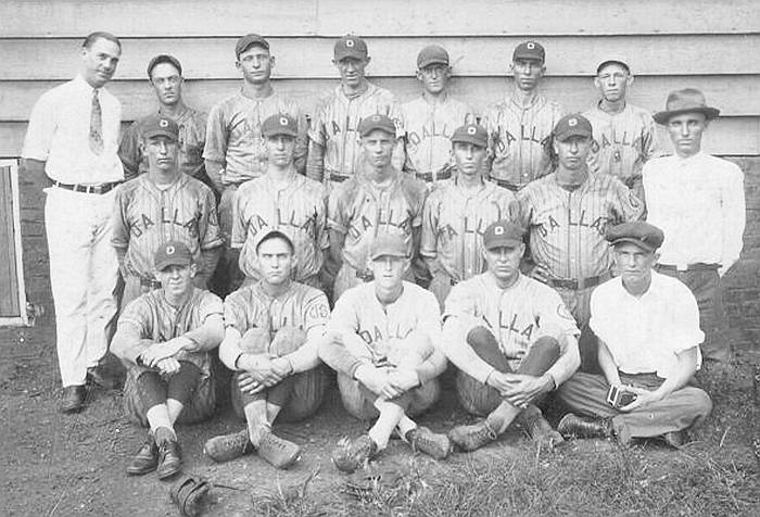 Dallas Mill Baseball Team - Late 1920s or Early 1930s