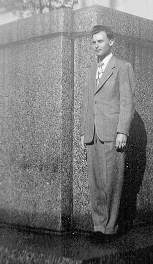 Roscoe Duncan in Birmingham, Alabama at a 1949 Teacher's Conference